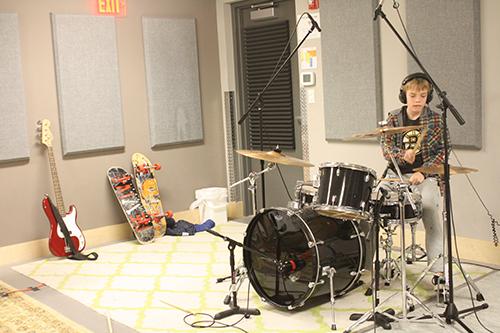 Drummer-02.jpg